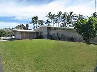 Photo of 420 N Kalaheo Ave #B, Kailua, HI 96734